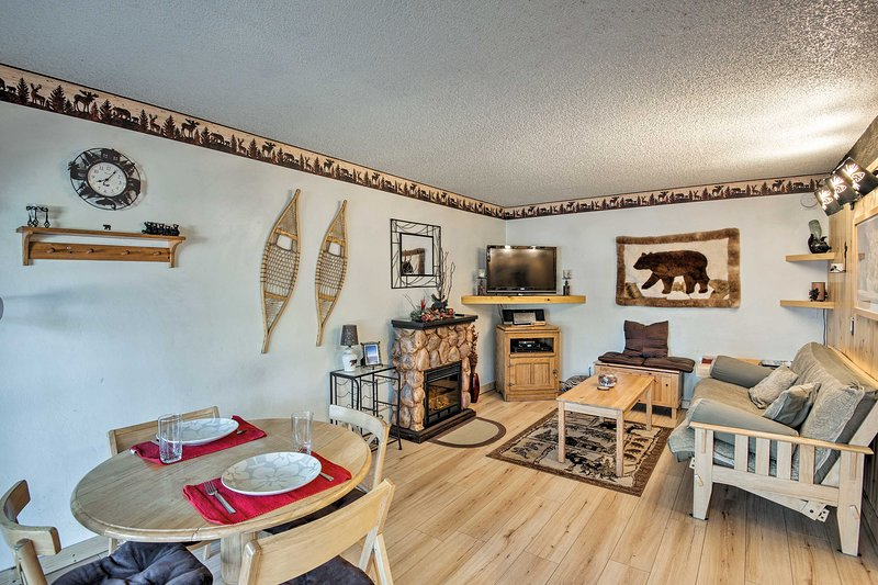 Cozy up in this rustic-style condo perfect for 4 guests!
