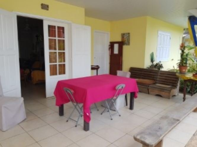 Spacious apartment with garden, vacation rental in Cayenne