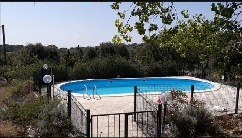 Beautiful villa with swimming-pool, alquiler de vacaciones en Certosa