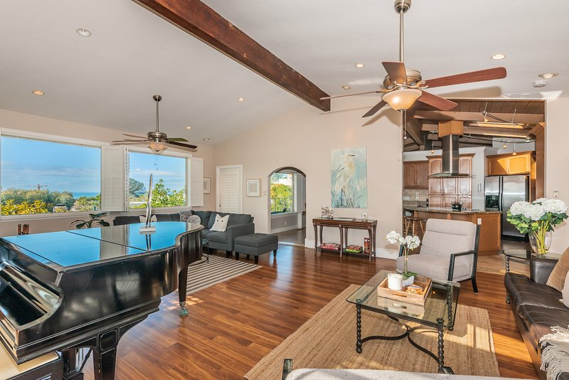 Del Mar Vacation Oasis with Ocean Views and Outdoor Entertainment Space!, vacation rental in Del Mar