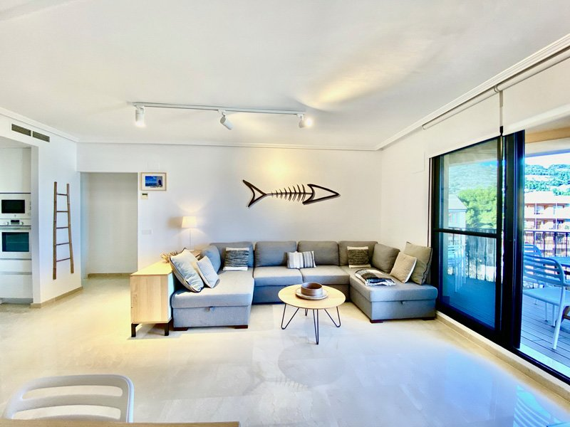 Apartamento de lujo con vistas bahía de Jávea muy bien ubicado, holiday rental in Javea