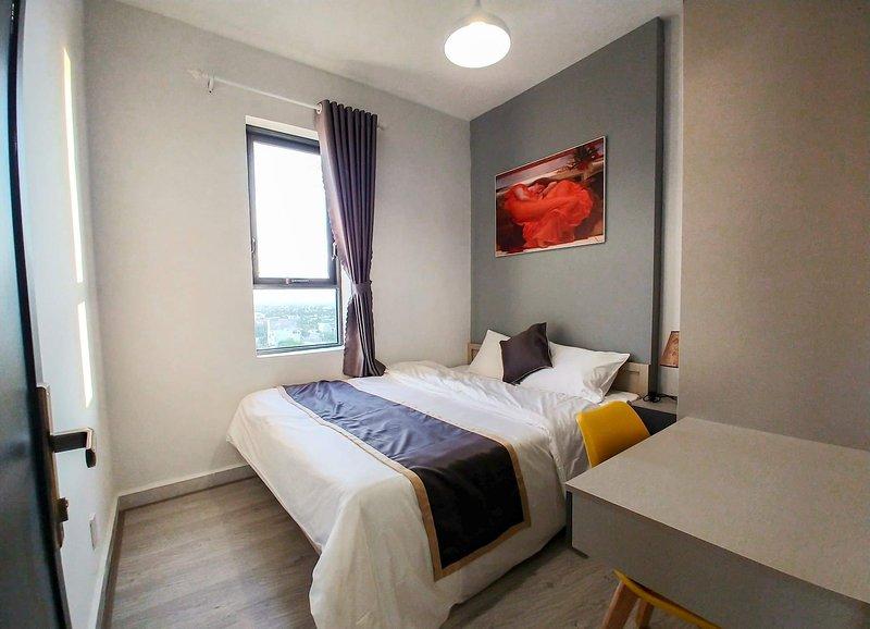 [Seaside] 2-Bedroom Apartment + Sunny Balcony- A1.07, holiday rental in Khanh Hai