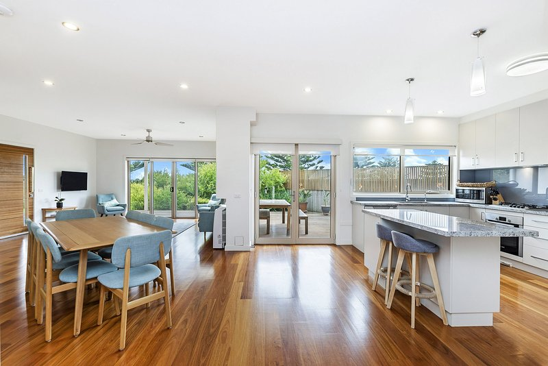 Connolly House - Port Fairy, VIC, holiday rental in Killarney