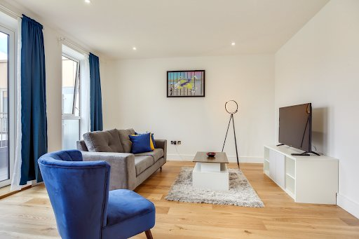 Hounslow Apartment near Heathrow by TheSqua.re, Ferienwohnung in Isleworth