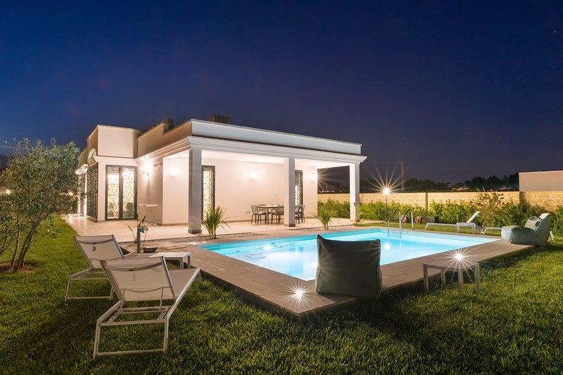Villa Claudia - Exclusive Holidays Villa, aluguéis de temporada em Matino