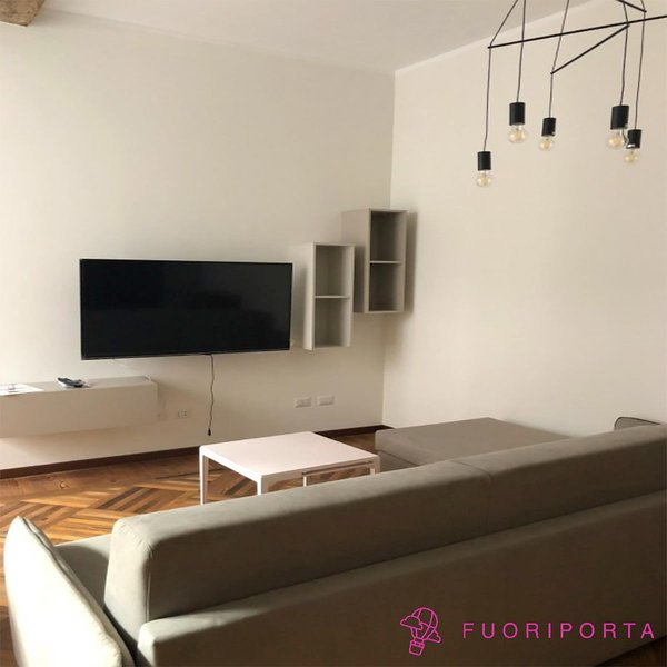 Alma Elegant & Central, holiday rental in Province of Parma