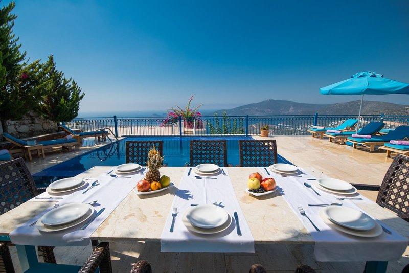 VİLLA JASMİNE 6+2, holiday rental in Bezirgan