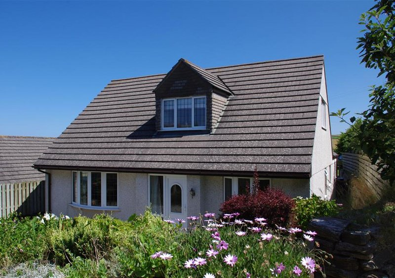 Pegwynce Cottage, holiday rental in Trevone