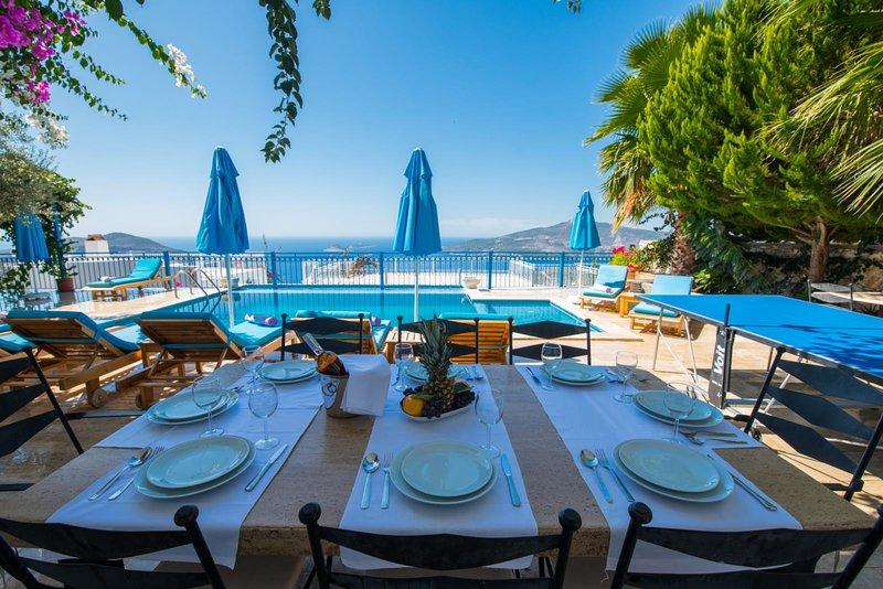 VİLLA AURA 5+1, holiday rental in Bezirgan