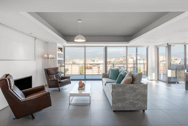 Impressive Loft in Gazi ☆ Fresh Renovated ☆, holiday rental in Tavros