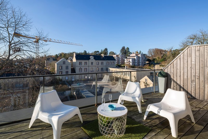 Eastwood Rooftop, Vue panoramique au Pied du Thabor, vakantiewoning in Chevaigne