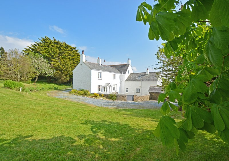 Higher Tiscott, holiday rental in Poughill