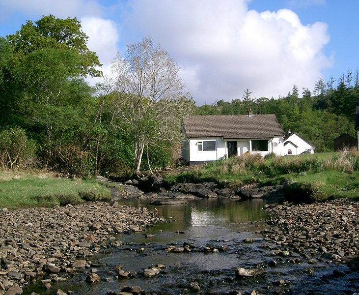 Loch View Cottage, vacation rental in Acharacle