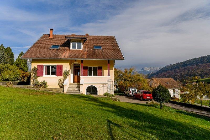 Maison détox 5 chambres à Annecy entre ville et campagne, location de vacances à Quintal