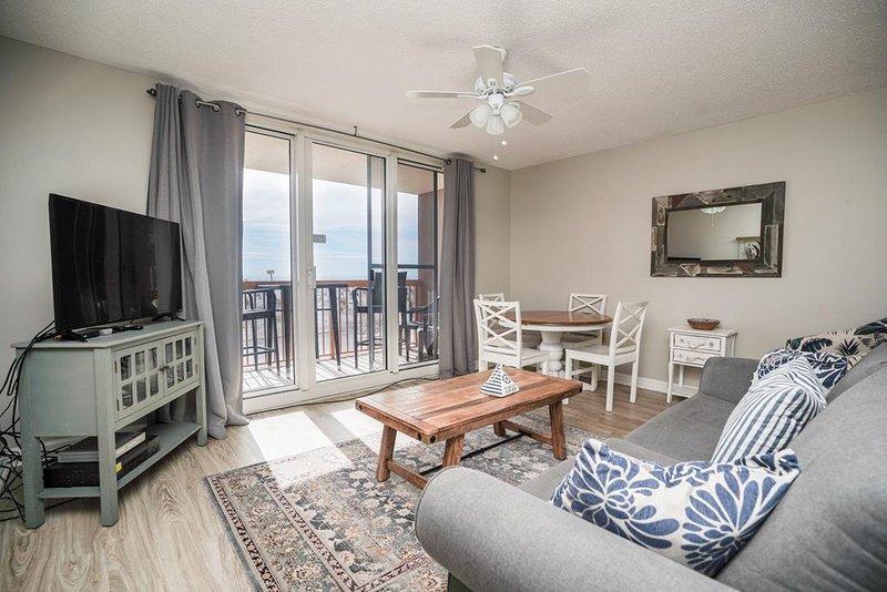 Pelican Beach Resort Condo 105