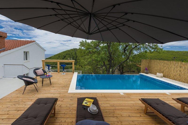 Villa Dundo Pero - Four Bedroom Villa with Swimming Pool, location de vacances à Mljet Island
