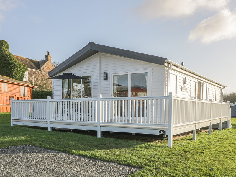 Sandy Lodge, Roos, holiday rental in Patrington