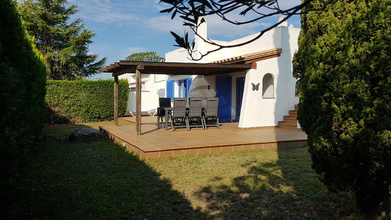 Villa Acacies 25, vacation rental in Torroella de Montgri