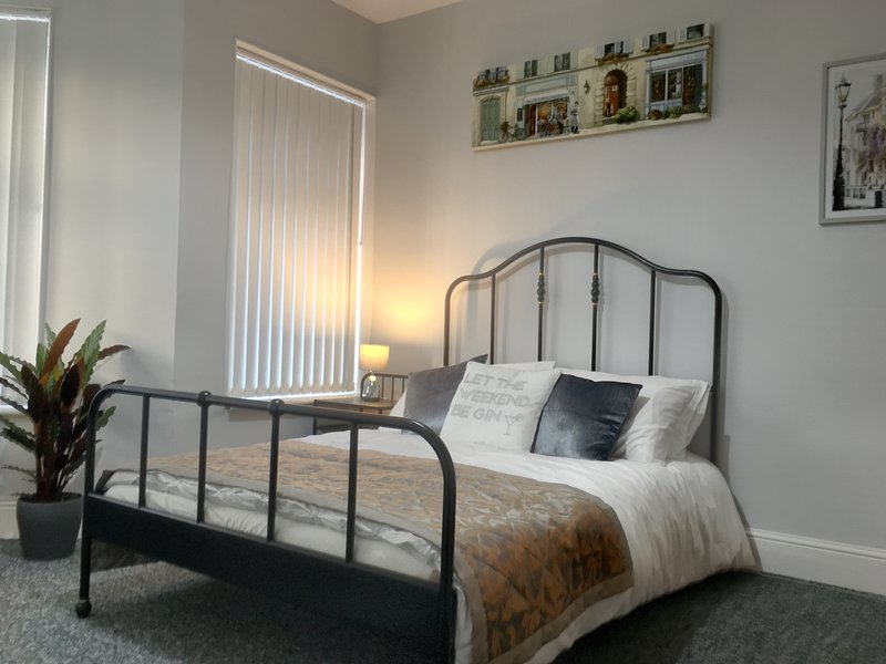 Comfortable and Convenient Home away from Home, vakantiewoning in Cardiff