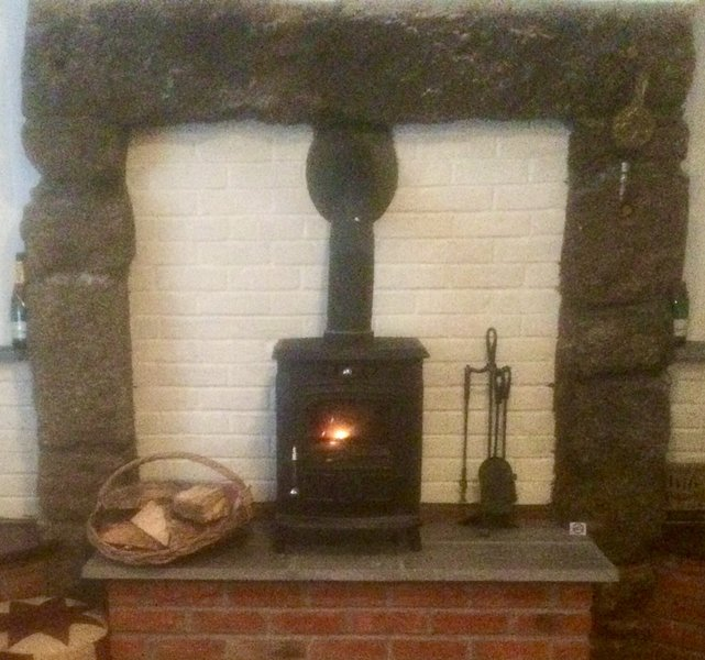Cosy Cornish cottage.countryside village.near the coast. pet and child friendly., aluguéis de temporada em Redruth