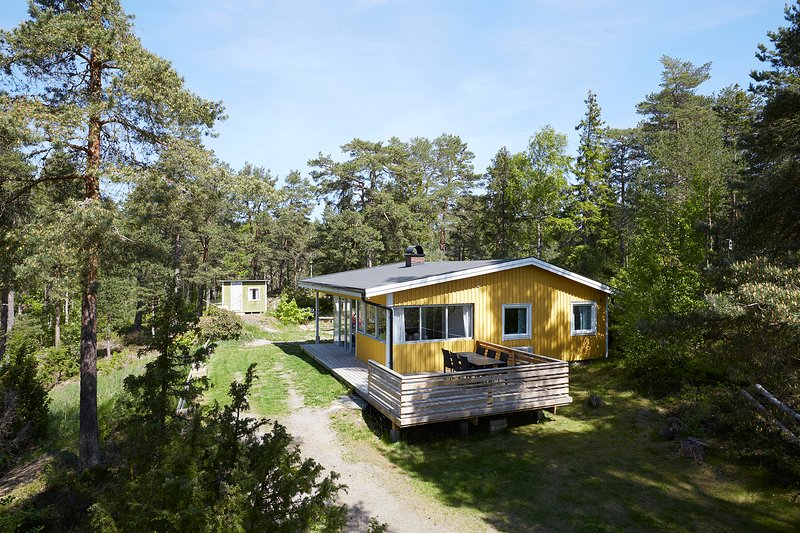 Gula Stugan, holiday rental in Lidkoping