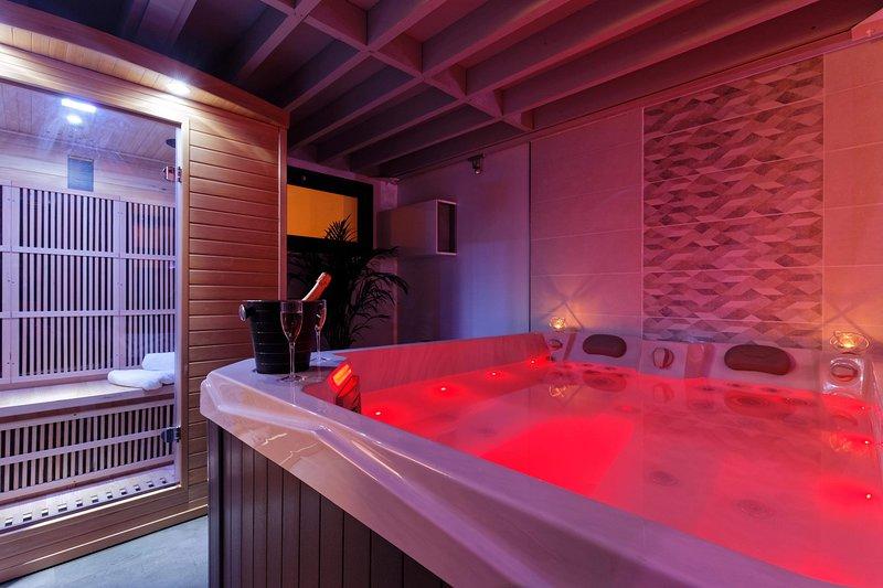 Romance Spa Le Havre loft haut de gamme avec jacuzzi et sauna, casa vacanza a Montivilliers
