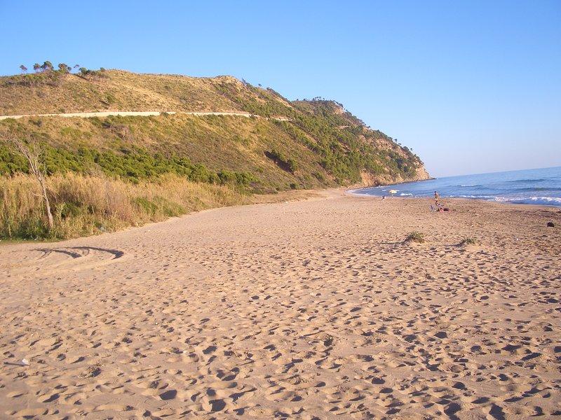 Spiaggia dell'Arena e Ripe Rosse Km. 5