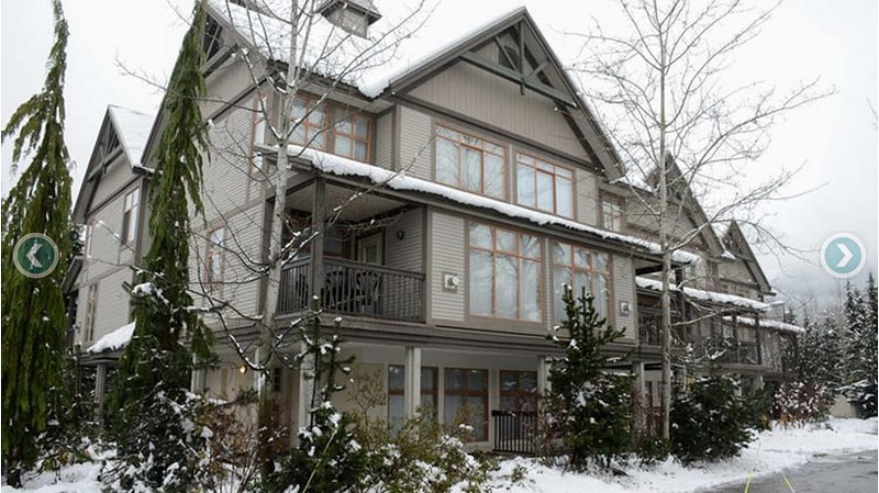 New Year's Week Condo Walk to Village and Lifts Chalet in Whistler