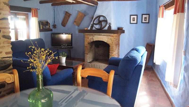 Finca El Molino de Aceite, holiday rental in Benarraba