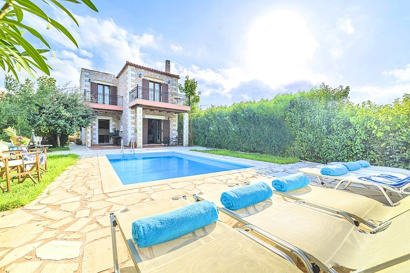 Vamos Villa Private Pool, holiday rental in Vamos