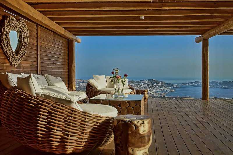 BlueVillas | Villa Atalanta | 2 Private infinity pools with endless view, vacation rental in Mykonos Town