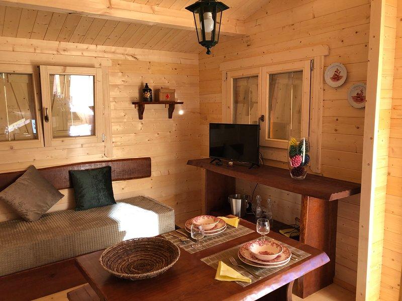 Casa de Madeira - Trevo Villa, holiday rental in Luso