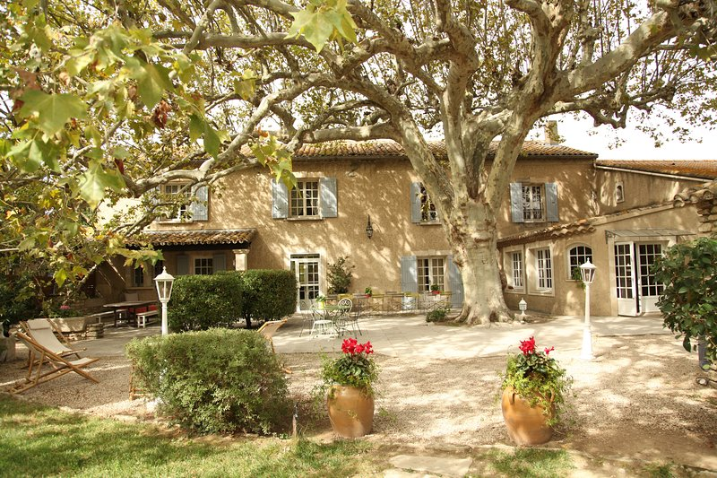 A haven of peace in the heart of Provence