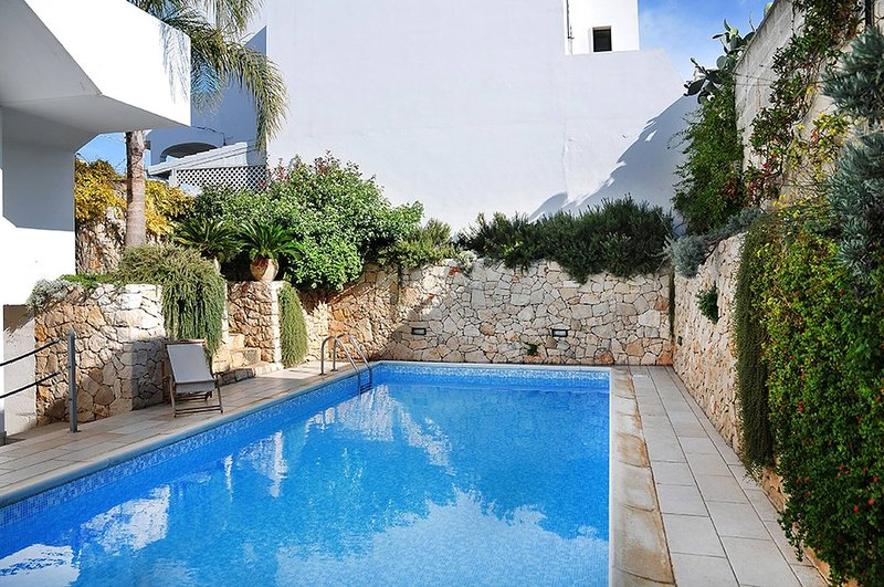 Apartment 3 With Pool And Sea View, vacation rental in Santa Maria al Bagno