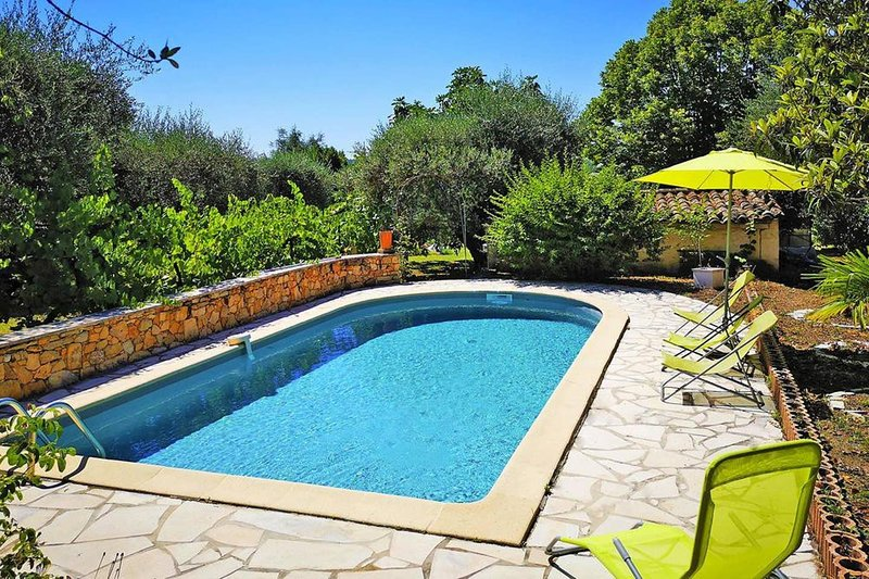 Nice villa with swimming-pool, vacation rental in Fayence
