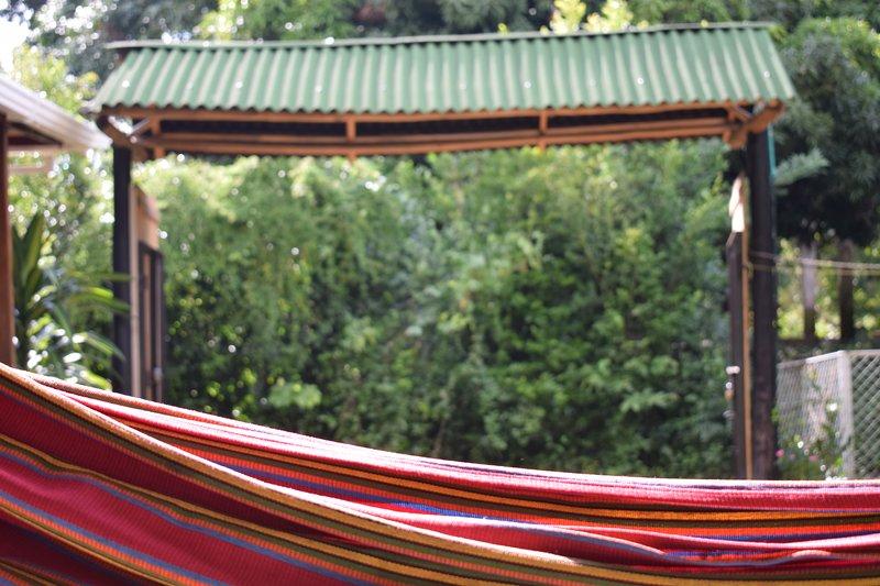 Hospedaje Los Pinos, cabana en Minca, holiday rental in La Tigrera