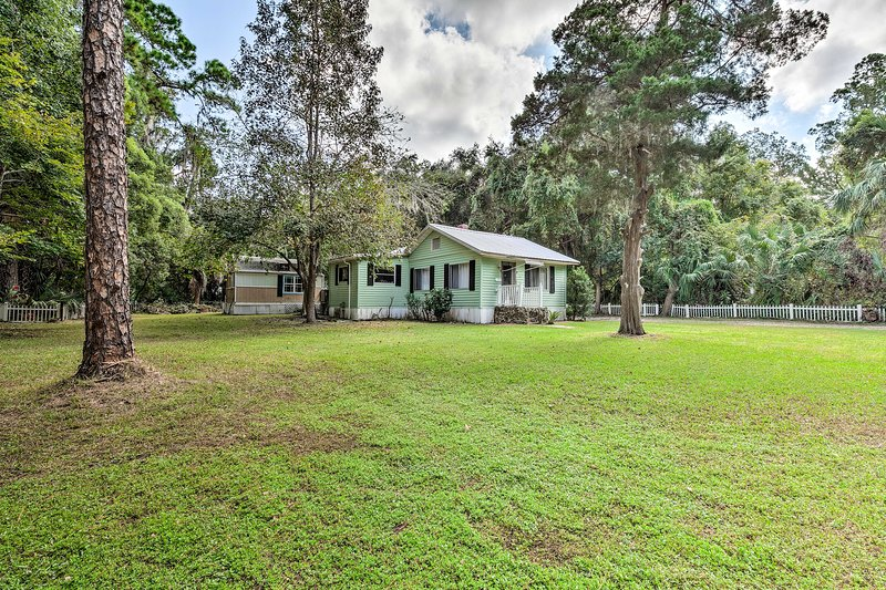 This Old Florida home is just 1 block away from the public boat ramp.
