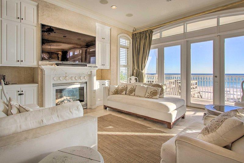 Questa grande casa vacanze in affitto a Destin ha spazio per 14!
