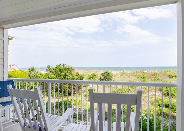 Beautiful updated oceanfront condo with pool, holiday rental in Wrightsville Beach