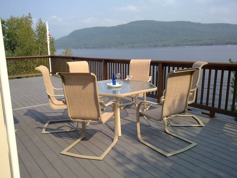 Luxury On Great Sacandaga Lake, holiday rental in Northville