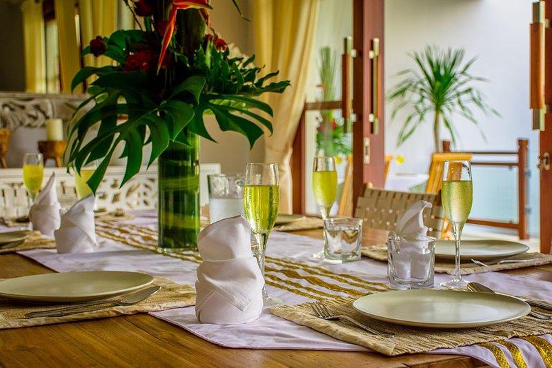 Villa Golden Palm Bali, holiday rental in Kerobokan Kaja