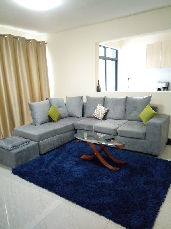 With a master en suit,enjoy your stay at our two bedroom apartment at Kileleshwa, holiday rental in Nairobi