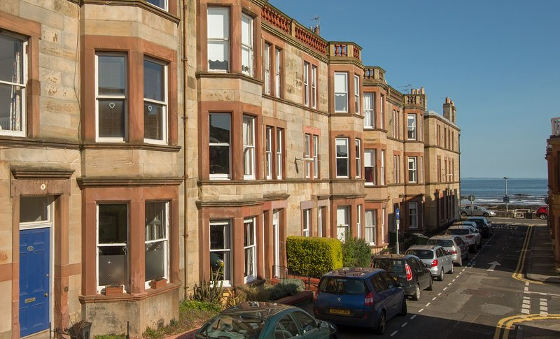 East Cliff, holiday rental in Whitekirk