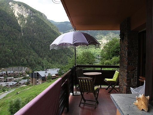 Apartment in Mas de Ribafeta, holiday rental in Ordino