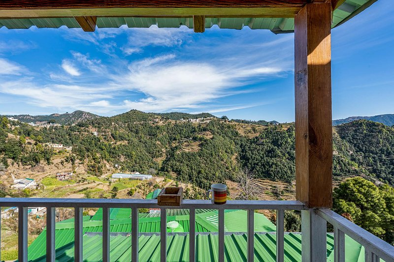 Dream cottage 5 by Vista Rooms, holiday rental in Mukteshwar