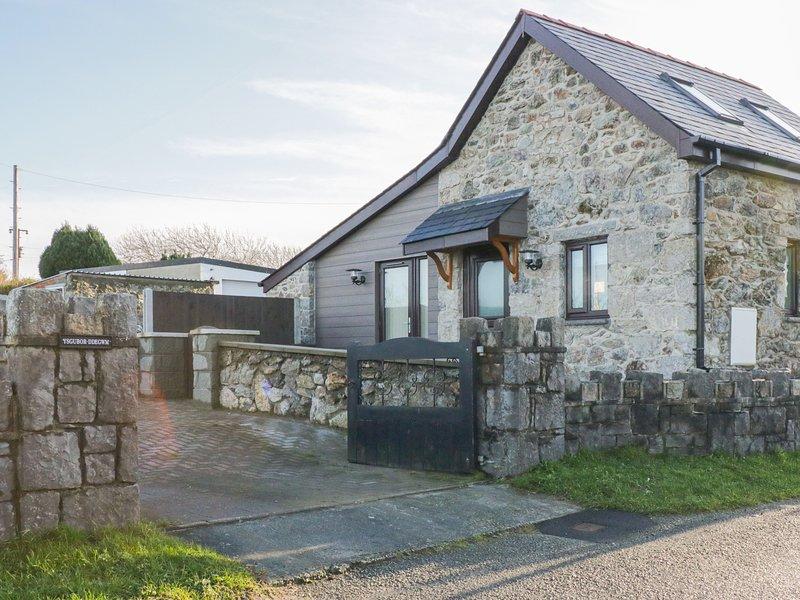 Ysgubor  Ddegwm Bach, Beaumaris, vacation rental in Llanddona