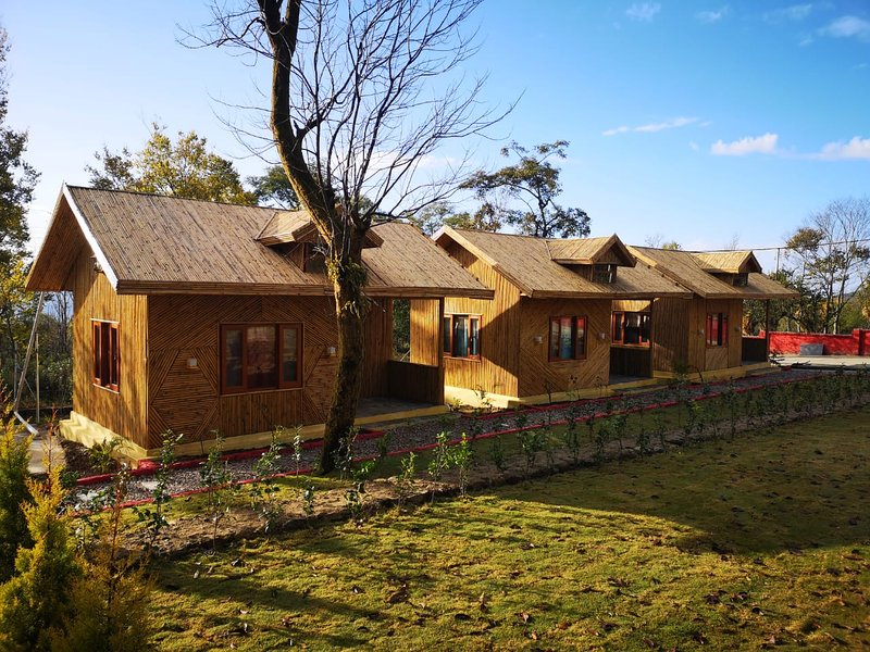 AMY Yoga House, holiday rental in Lohna