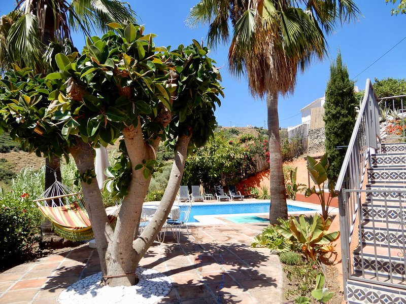 Casa14 for a relaxing holiday..!, vacation rental in Frigiliana