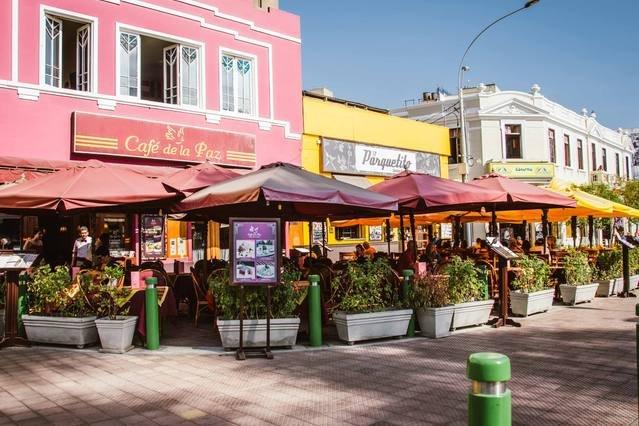Restaurants near the apt