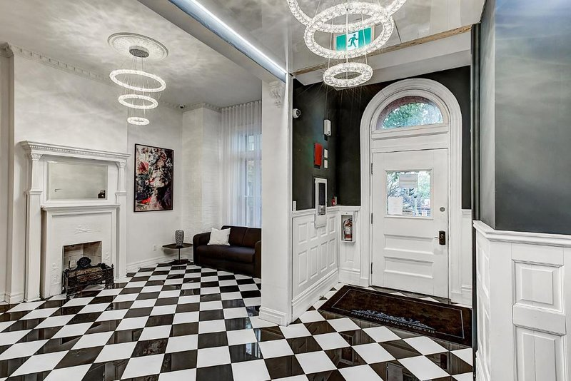 Luxe Studiotel Downtown Musees Montreal, vacation rental in Westmount
